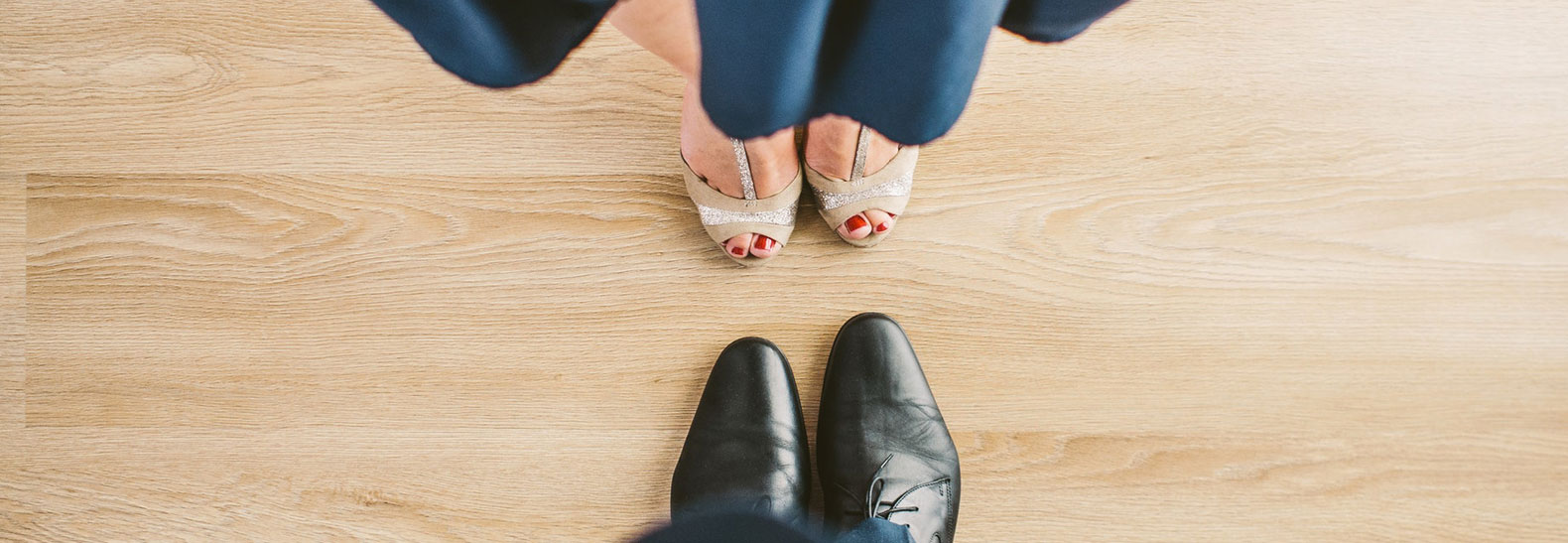 9 Dress Code Rules According to a Wedding Planner