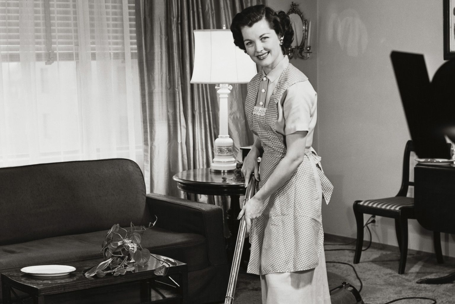 Check out this 1950's Daily Cleaning Routine