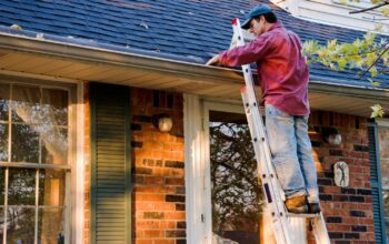 5 Best Methods for Cleaning and Maintaining Your Gutters – 2020 Guide